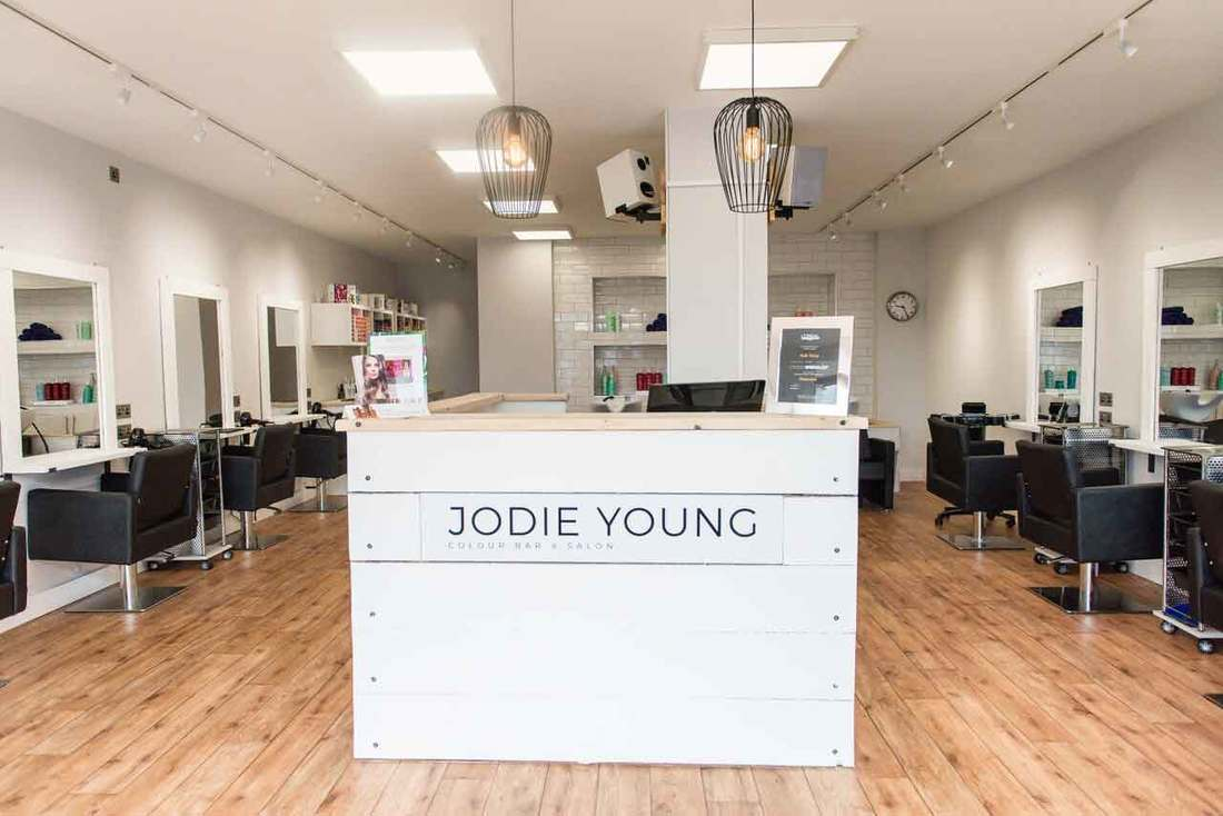 newquay hair salon hairdresser jodie young colour bar
